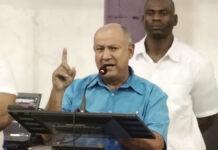 VIDEO: Ophef over uitspraak pastoor 'dat Surinaams volk moet sterven voor Bouterse'
