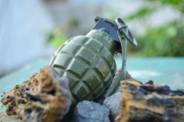 Explosief aangetroffen bij graafwerkzaamheden in Suriname