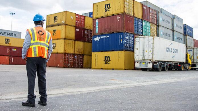 Opnieuw grote partij drugs aangetroffen op haven Suriname