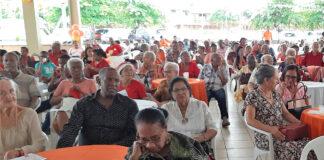 VHP viert kerst met senioren burgers en dak- en thuislozen