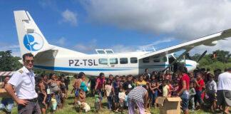 Kinderen op Curaçao verzamelen knuffels en kleren voor kinderen in Suriname