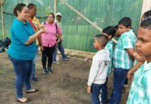 LVV-Commewijne en Stichting Warapa zetten plantenkas op voor basisschool te Johanna Margarita