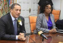 'Ook waarnemend governor Centrale Bank van Suriname dient ontslagbrief in'