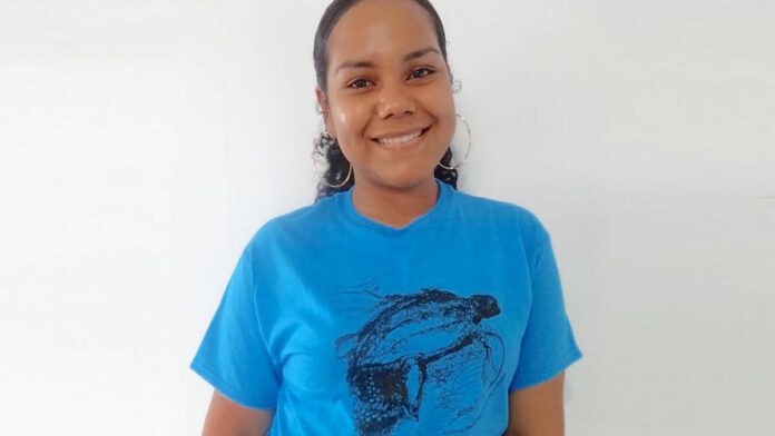 Nieuw T-shirt van de Stichting Dierenbescherming Suriname