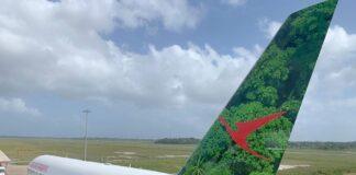 Start van nieuwe SLM Boeing gehuld in bosthema