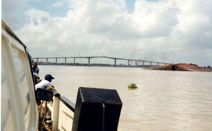 'Uitbaggeren van Surinamerivier over enkele weken'