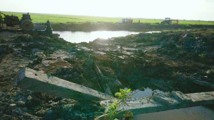 Dam te Henar doorgestoken door groot landbouwbedrijf