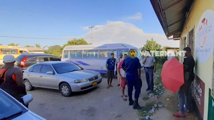 Man steelt lijn 10 bus in Suriname