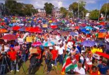 VIDEO: Grote opkomst bij protest tegen NDP-regering in Suriname