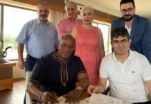 Turken hebben ook belangstelling voor woningbouwbeleid in Suriname