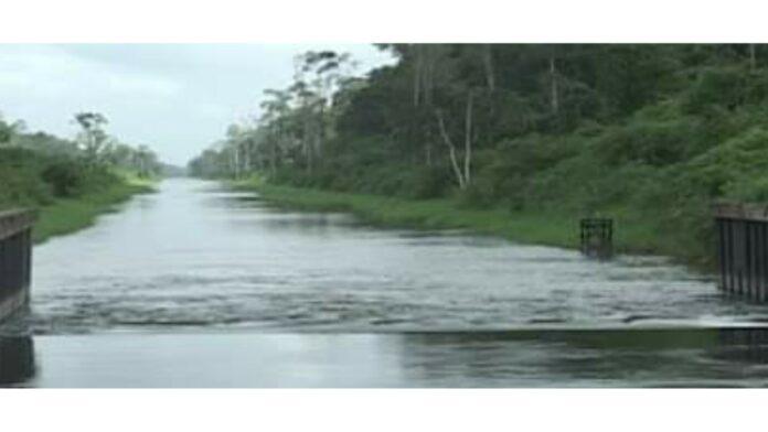 Pompgemaal Wageningen stilgelegd vanwege hoge zoutgehalte Nickerierivier