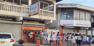Drukte bij bakkerijen in Suriname na aankondiging sluiting bedrijven
