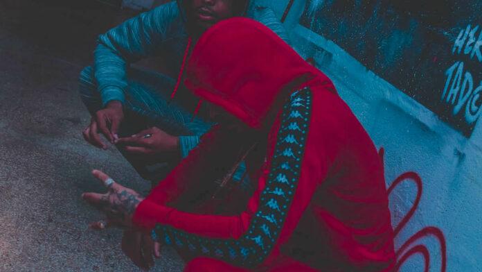 Steekpartij onder tieners uit rivaliserende gangs op Flora