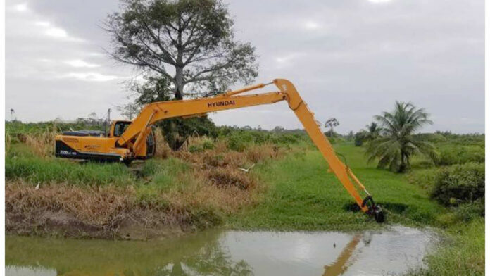 Ophaal werkzaamheden Pomonakanaal belangrijk voor landbouw bedrijven
