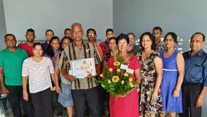 Echtpaar Ori-Sewradj 50 jaar getrouwd