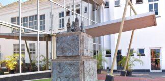 Nieuw boek: 'Oog in oog met Paramaribo'