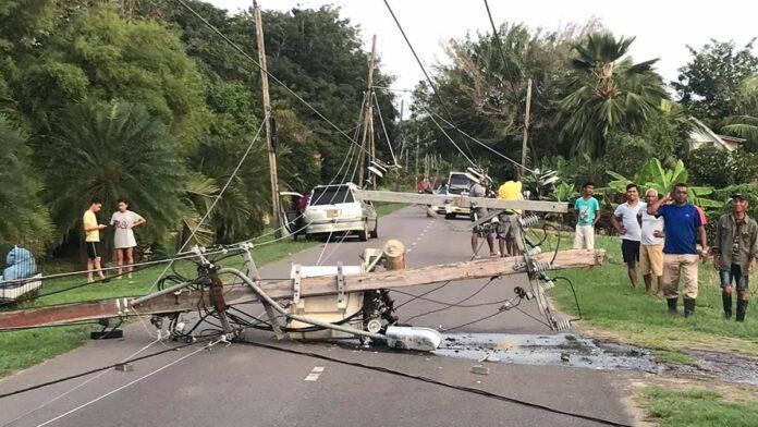 Opnieuw EBS stroompaal zwaar beschadigd na verkeersongeval