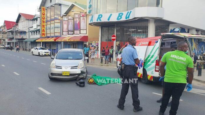 Motorrijder overleden na ongeluk in centrum Paramaribo