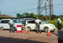 politie-controlepost-stolkertsijver-suriname