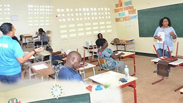 Politie start training personeel ordedienst voor stemlocaties Verkiezingen