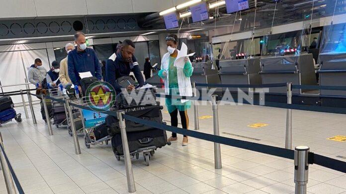 Eerste repatriatievlucht van Nederland naar Suriname