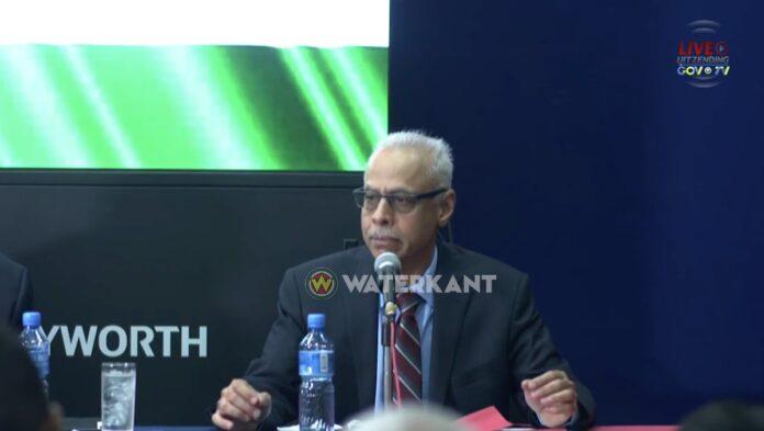 Vijay Kirpalani stapt op als regeringscommissaris bij Centrale Bank