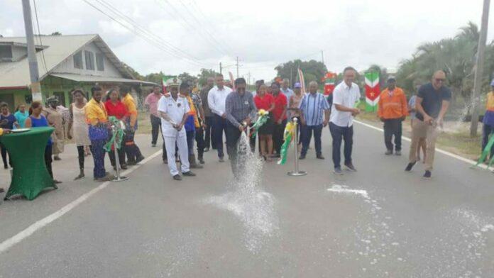 Gerehabiliteerde wegstrekking Monkshoop-Vijfde Rijweg opgeleverd