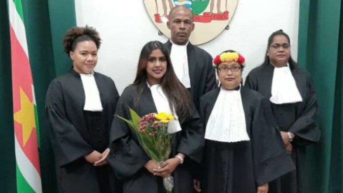 Hof van Justitie heeft vijf nieuwe advocaten