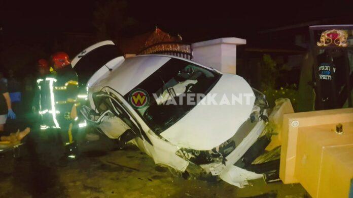 VIDEO: Vier gewonden bij zwaar eenzijdig ongeval aan de Kwattaweg