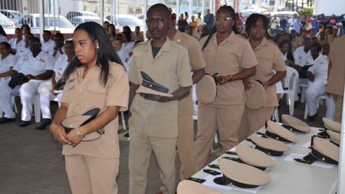 Bevorderingen bestuursambtenaren van Commissariaat Paramaribo