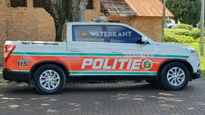 politie-rbt-auto-suriname