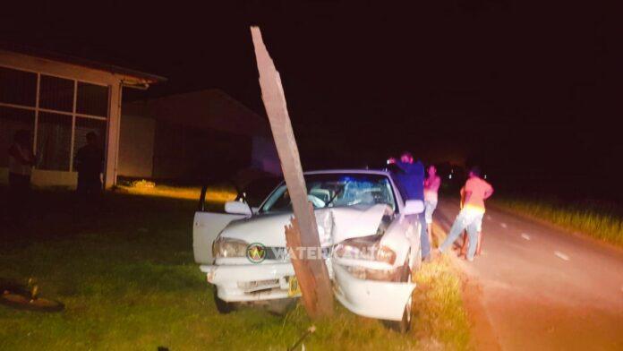 Dronken bestuurder rijdt elektriciteitsmast kapot tijdens avondklok
