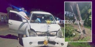 Auto ramt stroompaal tijdens lockdown in Suriname