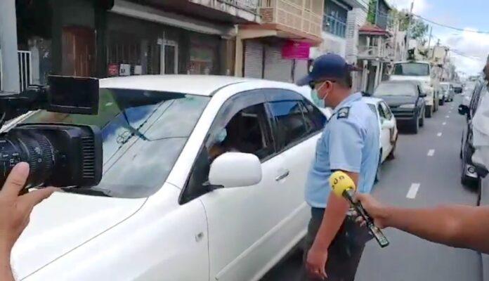 VIDEO: Politie controles vanwege verscherpte COVID-19 maatregelen
