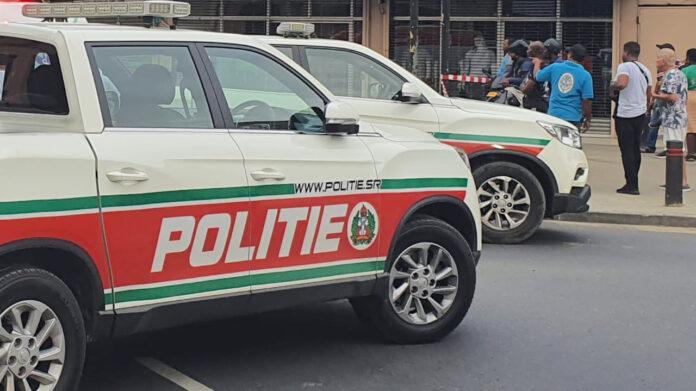 Politie auto's in Suriname