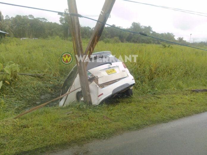 Weer EBS stroompaal kapot gereden door automobilist