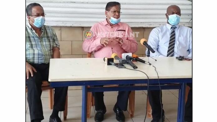 Spoed persconferentie: Santokhi noemt berichtgeving buitenlandse media 'sensatie'