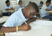 school-mulo-leerling-onderwijs-suriname