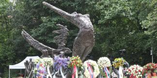 Herdenking Keti Koti bij Nationaal Monument Slavernijverleden live op TV