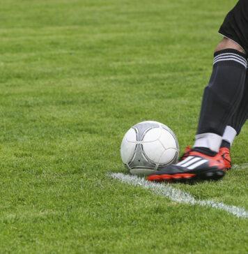 De vijf beste voetballers met Surinaamse roots in Oranje