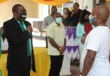 Dr- en rr-leden district Marowijne beëdigd