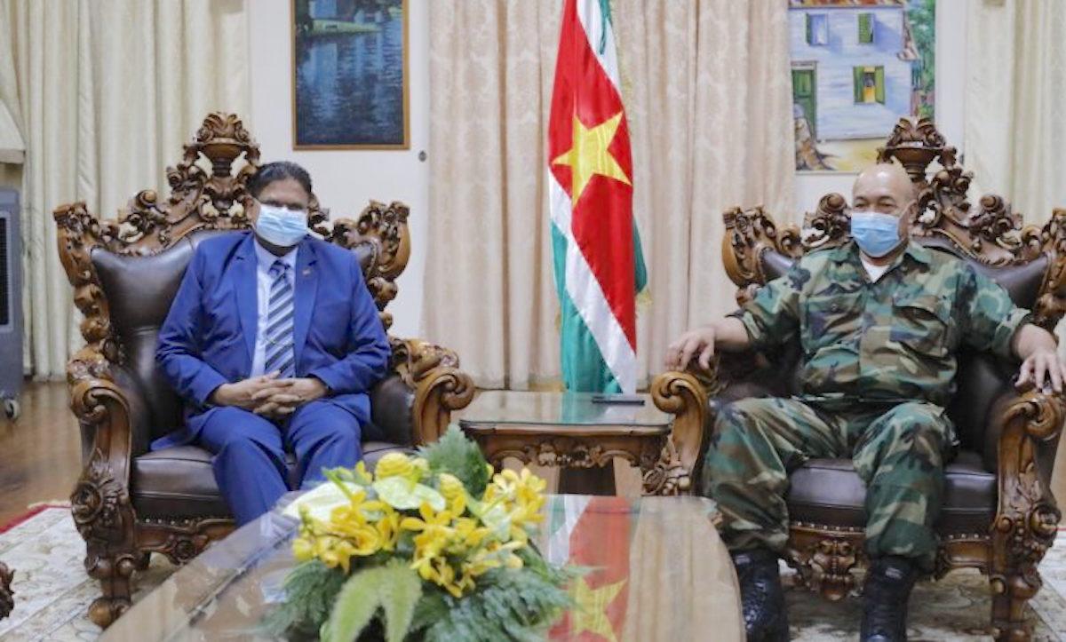 Santokhi ontmoet Bouterse op presidentieel paleis