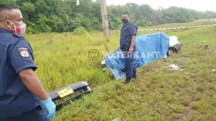 Politie zoekt bestuurder Toyota Prado die doorreed na dodelijk ongeval