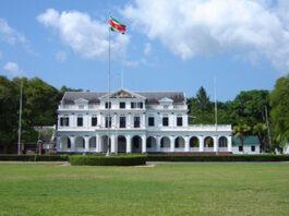 Inauguratie president van Suriname op Onafhankelijkheidsplein