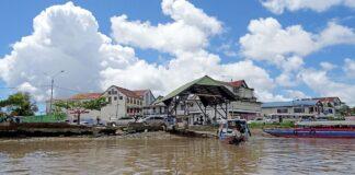 Man die zelfmoord wilde plegen door in Suriname rivier te springen gered