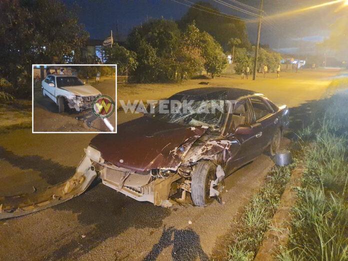 Twee auto's zwaar beschadigd, nadat bestuurder geen voorrang verleende