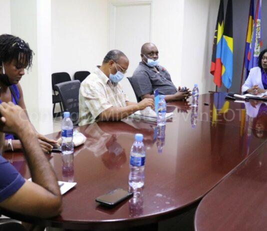 CVPS vraagt minister Walden dringend aandacht voor problemen pluimveesector