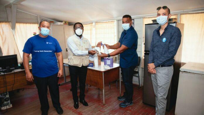 Unicef doneert persoonlijke beschermingsmiddelen aan MinOWC