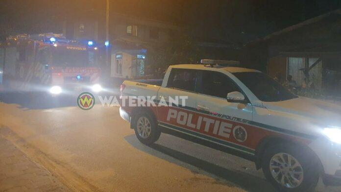 brandweer-politie-op-plaats-delict-suriname