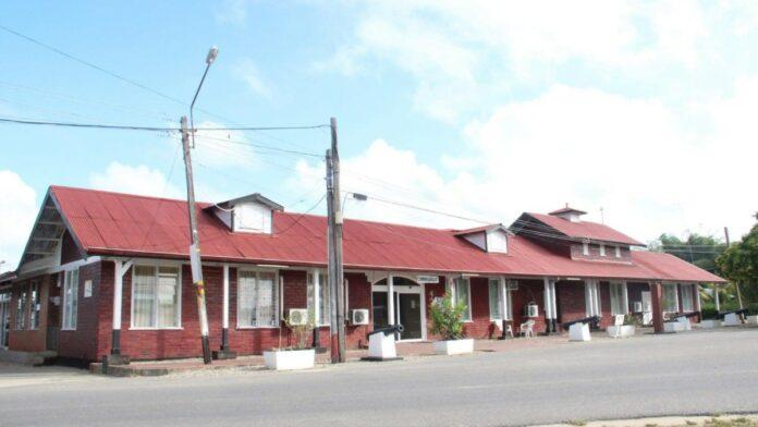 commissariaat-district-saramacca-suriname